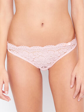 Lace knickers pink.