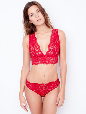Wireless lace triangle bra red.