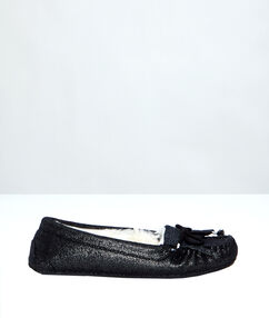 Lined moccasins black.