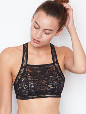 Lace bras black.
