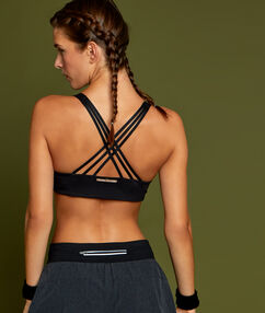 Sport bra, medium support black.
