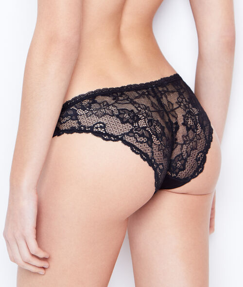 Lace and micro knickers;${refinementColor}