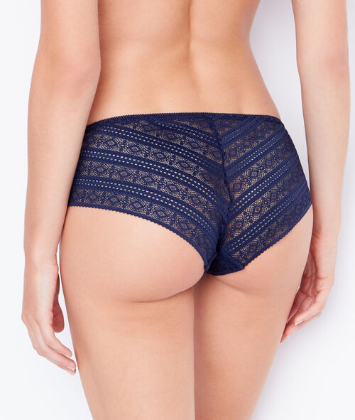 LACE SHORTY;${refinementColor}