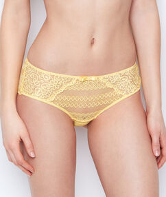 Shorty dentelle jaune pâle.