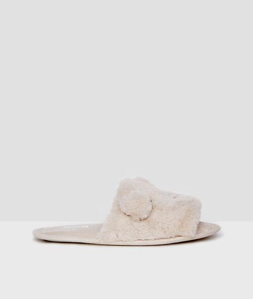Home flip-flops in faux fur