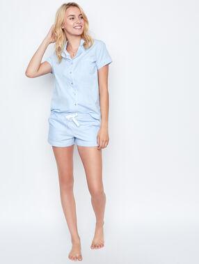 Short en coton bleu.