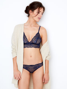 Lace wireless triangle bra navy blue.