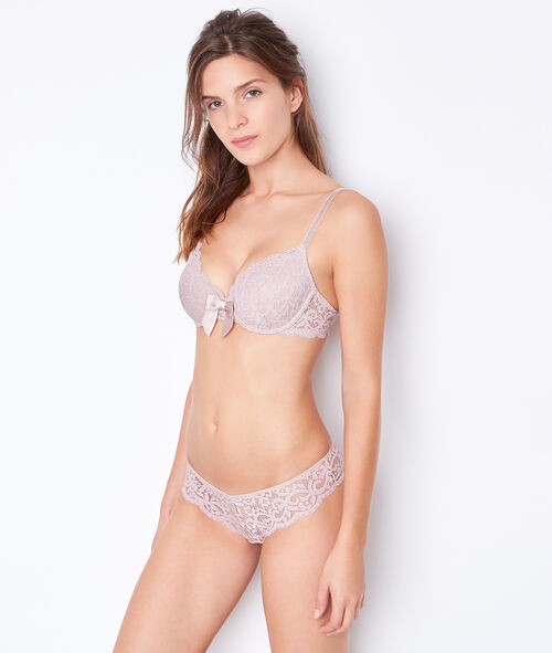 Lace padded demi cup;${refinementColor}