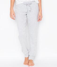 Pantalón liso c. gris.