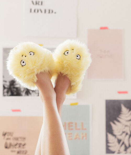 Chaussons peluche fluffy