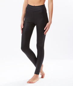 Leather effect legging  black.