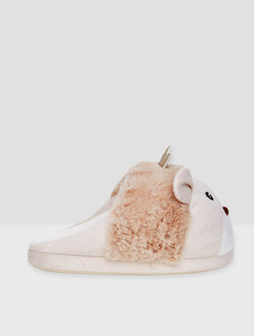 3d lion slippers beige.