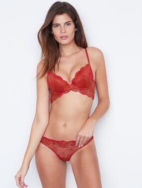 Thong red.