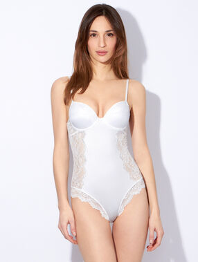 Bodysuit off white.