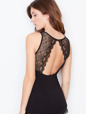 Lace top noir.