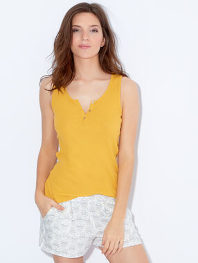 Pyjama top yellow.