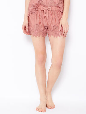 Short détail crochet rose.