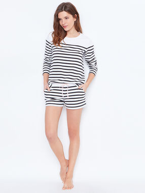 T-shirt mariniere blanc.