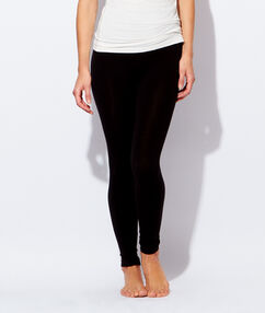 Ultra-warm & lightweight leggings black.