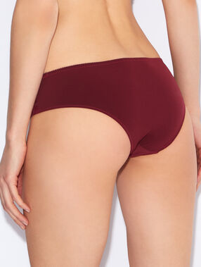 Shorty uni dentelle bordeaux.