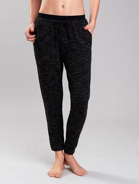 Pantalon de sport noir.