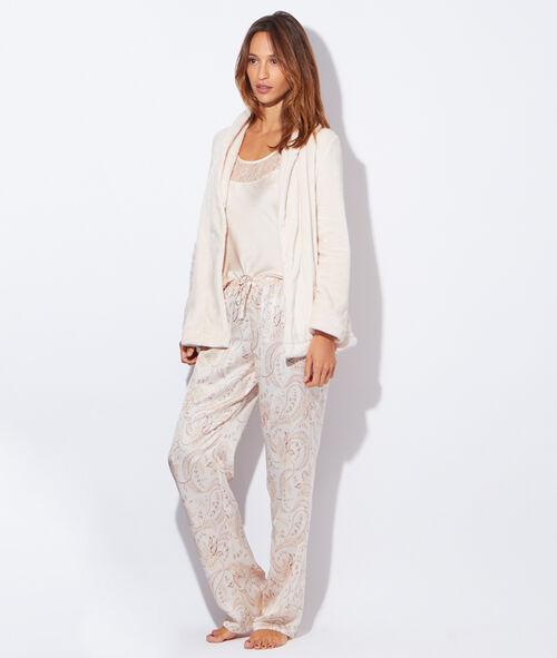 Pyjama 3 pièces satin et dentelle, veste polaire