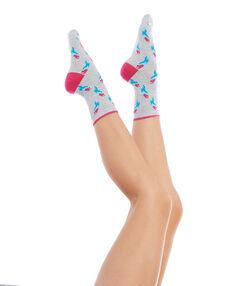 Paire de chaussettes imprimées perroquets gris/rose.