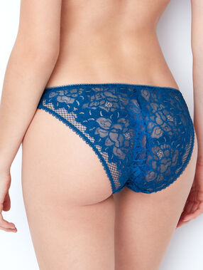 Lace knickers green.