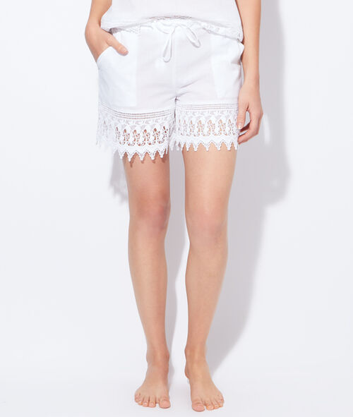 Short en coton et broderies