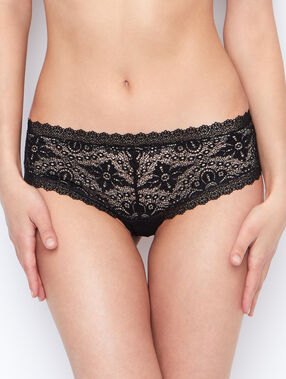 Lace shorts black.