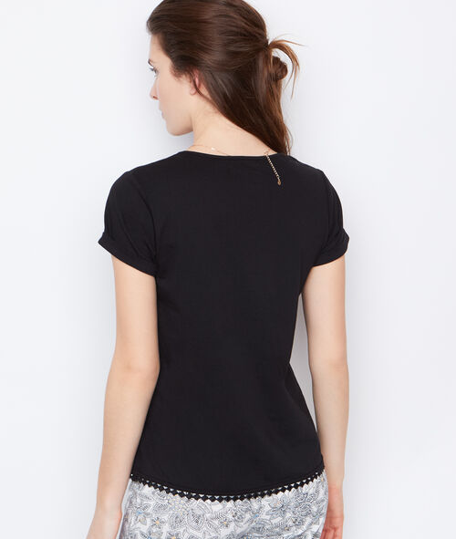 Embroided t-shirt;${refinementColor}