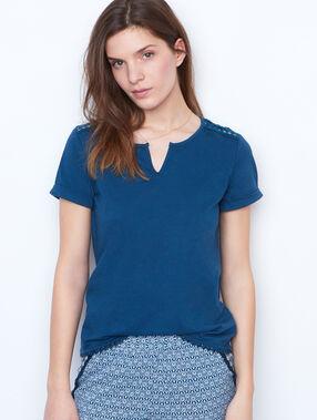 T-shirt épaules ajourées bleu.