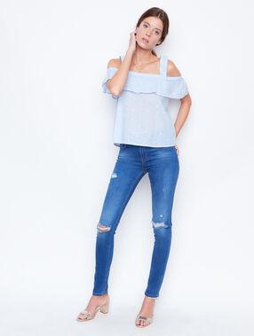 Short sleeve t-shirt blue.