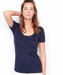 Short sleeve t-shirt navy.