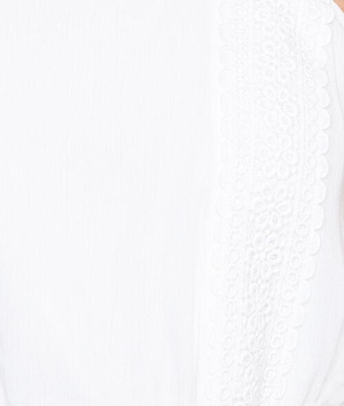 Robe fluide à bretelles en dentelle