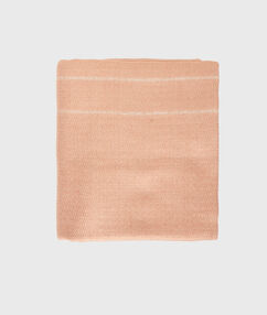 Foulard avec liserés en lurex beige.