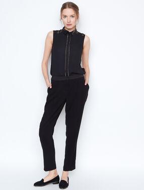 Sleeveless shirt black.