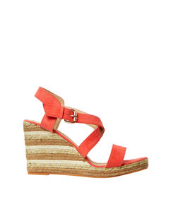 Sandales à talons compensés fantaisies corail.