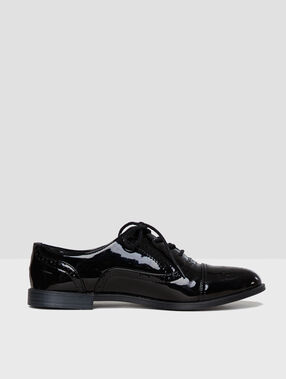 Patent derby shoes black.