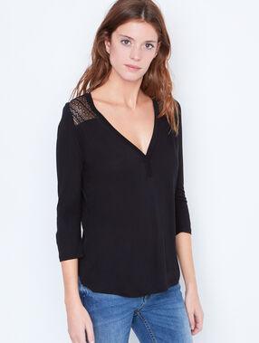 3/4 sleeve t-shirt with lace insert black.