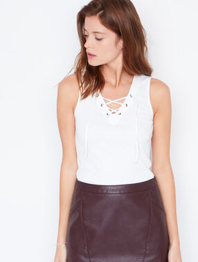 Lace up ribbed top white.