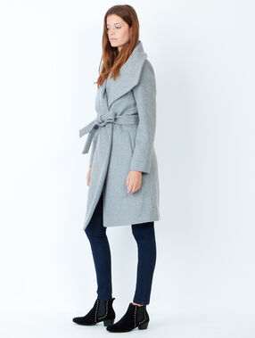 Manteau col châle ceinturé gris.