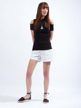 Short en jean, larges poches blanc.