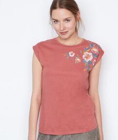 T-shirt brodé vieux rose.