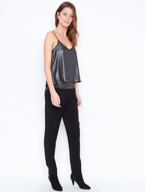 Metallic effect top black.