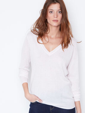 Cotton cashmere v-neck sweater beige.