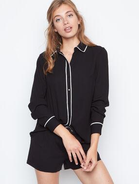 Long sleeve shirt black.