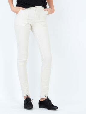 Straight fit cotton pants white.