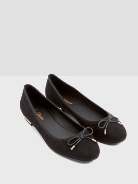 Ballet flats with metallic detail black.
