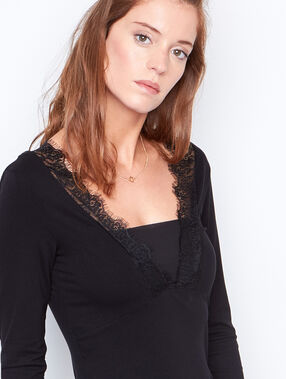 Lace long sleeves top black.
